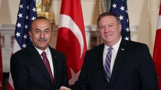 Чавушоглу и Помпейо говориха по телефона за ракетите С-400, изтребителите Ф-35 и Сирия
