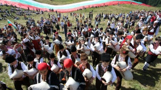 Рожен събра над 200 000 българи от страната и чужбина