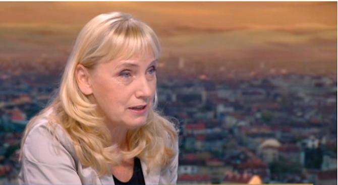 Елена Йончева: Не съм се скрила след изборите, битката продължава