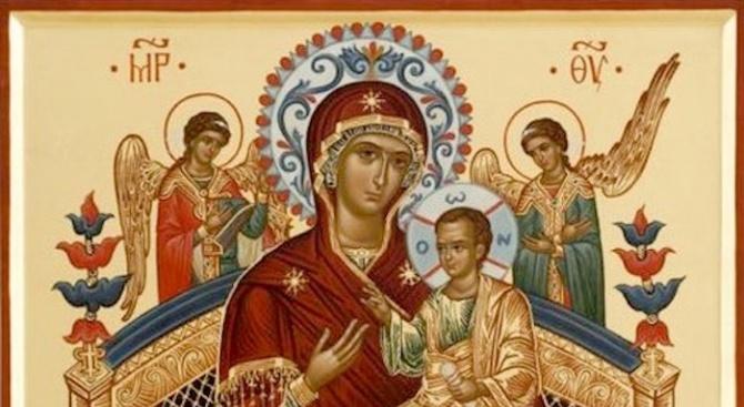 """Чудотворният образ на Божията майка """"Всецарица"""" има благодатта даизцелява болни"""