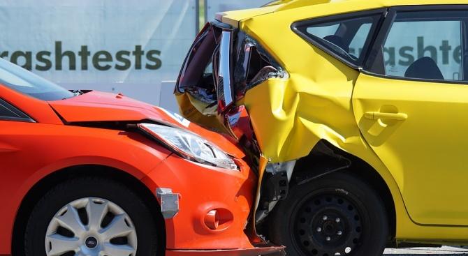 При тежка катастрофа в Италия на магистралата Торино-Милано е загинал
