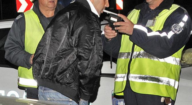 Задържаха пиян шофьор в Бургас. Това съобщиха от Областната дирекция