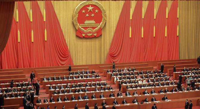Китай обвини САЩ, че стоят зад съпроводените от насилие протести