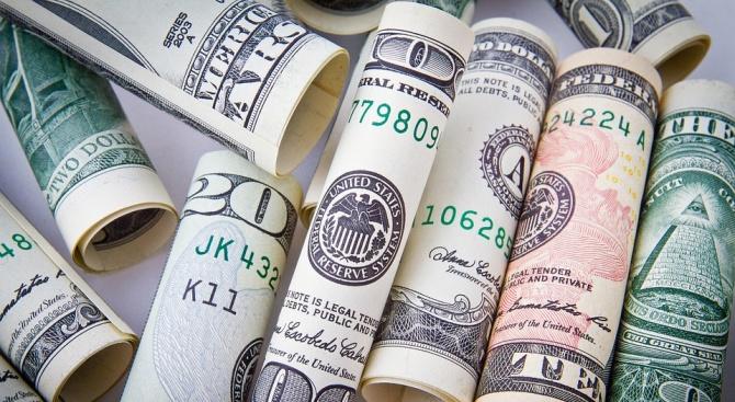Крадец задигна раница с 3 500 долара от голф клуб
