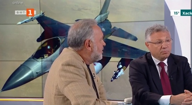 Бившият военен министър Велизар Шаламанов коментира в сутрешния блок на