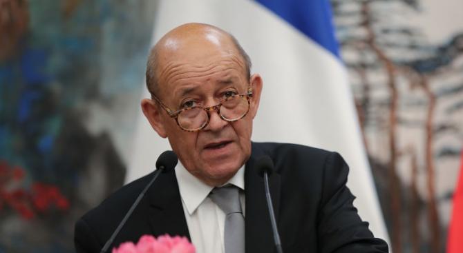 Френският министър на външните работи Жан-Ив Льо Дриан изрази безпокойство