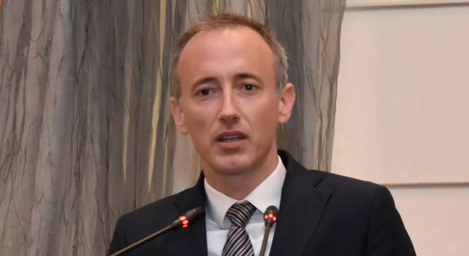 Министърът на образованието и науката Красимир Вълчев участва в конференция