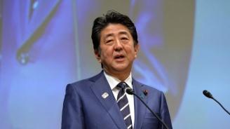 Управляващата коалиция на премиера Абе запазва мнозинството си в горната камара на японския парламент