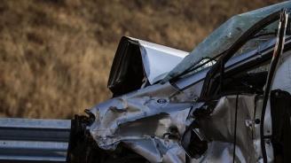 """Верижна катастрофа блокира АМ """"Тракия"""" при Стара Загора, две деца са пострадали"""