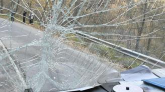 Автобус сдеца катастрофира край Търговище