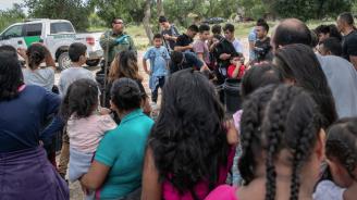 В Мексико разбиха голяма мрежа за трафик на мигранти