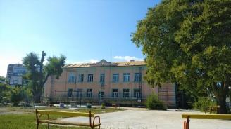 Община Бургас извършва сериозен ремонт в помощно училище