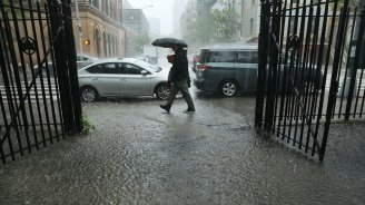 Жълт код за валежи и гръмотевици в 4 области утре