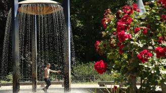Продължават рекордните горещини във Великобритания