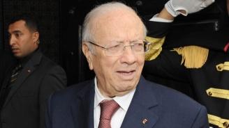 Президентът на Тунис Бежи Каид Есебси почина на 92 години