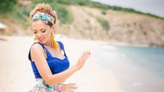 Цвети Веселинова с дебютна поп песен и видеоклип