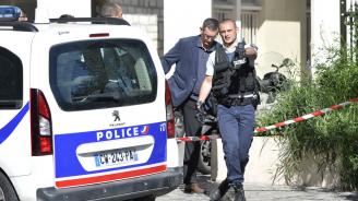 В Париж разкриха престъпна група продавала крадени паспорти на мигранти в Турция и Гърция
