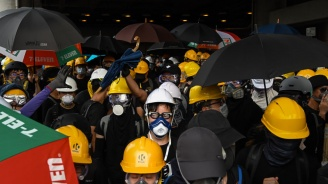 Хонконгската полиция прогони демонстранти от жп гара