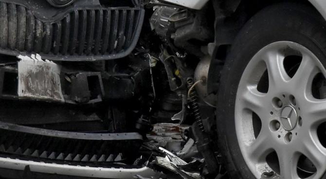 Войната по пътищата взе нова жертва, а 36 души пострадаха