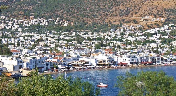 Нов данък върху турския туризъм ще засегне хотелите и туристическите