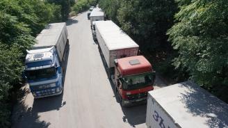 Възстановиха продажбата на месечни винетки за товарни автомобили