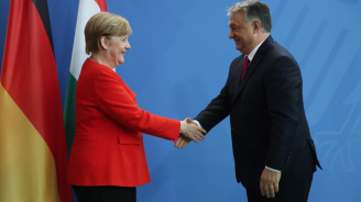 Меркел ще посети Унгария следващия месец