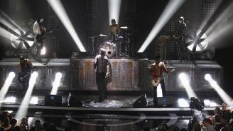 Китаристи на Rammstein се целунаха на сцената в Москва