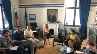 ДАЕУ и българи в чужбина ще работят съвместно за пилотно дистанционно електронно гласуване