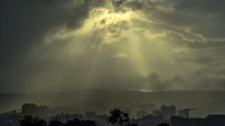 Утре облачността ще намалее, а слънцето ще се покаже