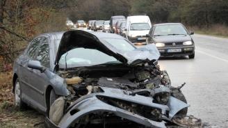 4 коли се удариха в Бургаско. Ранени са деца