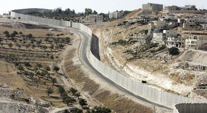 Израелските власти одобриха строежа на над 2300 жилища в еврейски