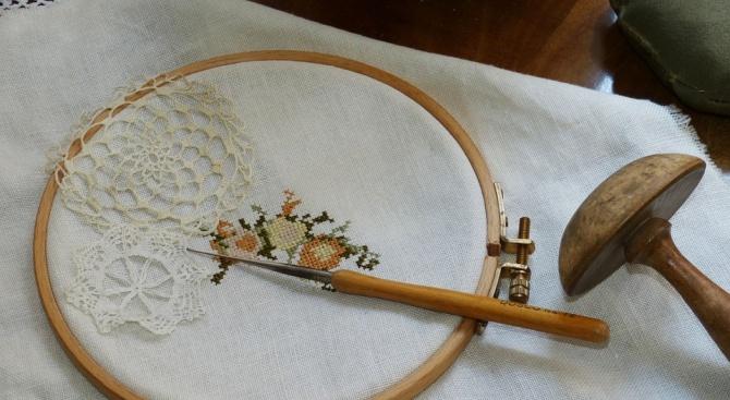 Празникът на Калоферската дантела събира плетачки от цялата страна