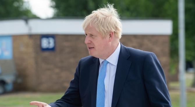 Британският премиер Борис Джонсън изрази подкрепа за правото на полицията
