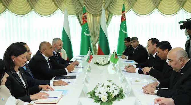 Ползотворният диалог и постигането на конкретни нови договорености между България