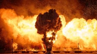 Нарасна броят на ранените при взривовете във военния склад край Ачинск
