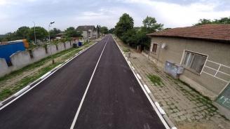 Започна рехабилитацията и на четвъртокласната пътна мрежа на територията на община Дупница