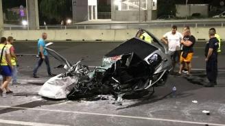 Трима с опасност за живота след тежка катастрофа във Варна