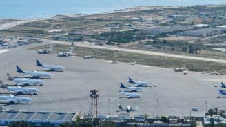 Летището на Триполи спря работа заради обстрел
