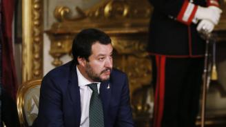 Матео Салвини призова за предсрочни избори и извика своите депутати в Рим въпреки ваканцията