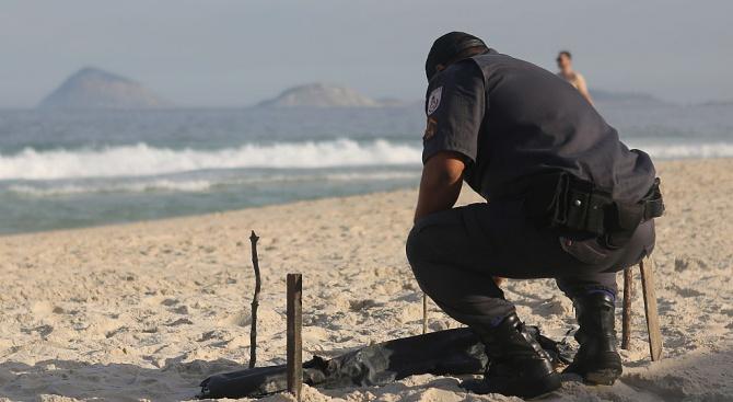 Полицай спаси живота на баща и 8-годишния му син от удавяне