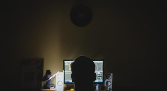 Български хакери, базирани в чужбина, продават услугите си онлайн в