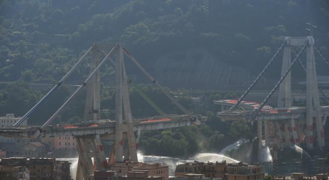 Италия отбелязва една година от срутването на моста в Генуа