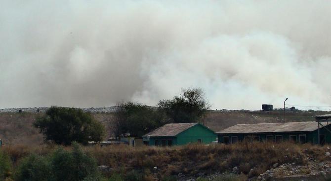 Ето какво е качеството на въздуха в Свищов след пожара на сметище край града