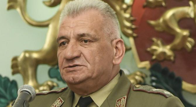 Началникът на отбраната генерал Андрей Боцев заминава утре, 16 август,