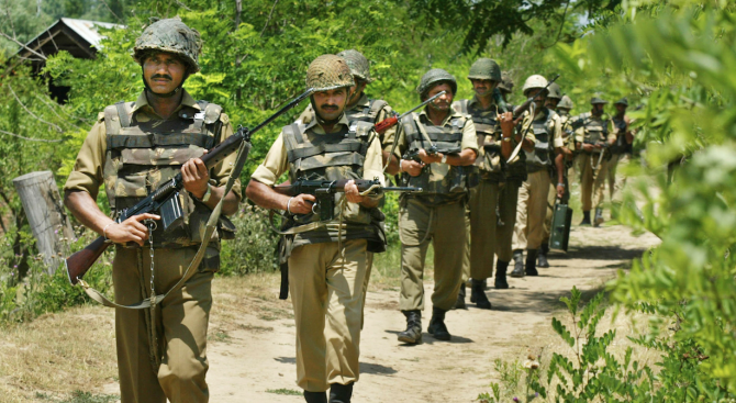 Снимка: Пакистан обяви, че трима негови войници са загинали при престрелка в Кашмир
