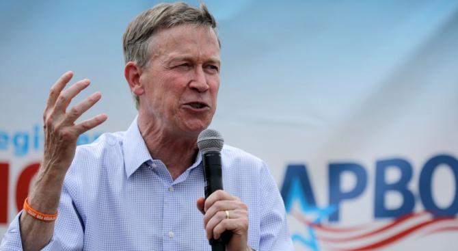 Бившият губернатор на щата Колорадо Джон Хикънлупър оттегли кандидатурата си