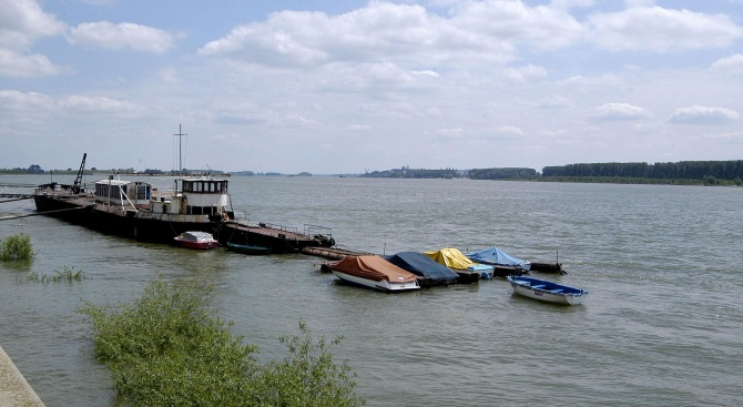 Двадесет души преплуваха Дунав в Силистра