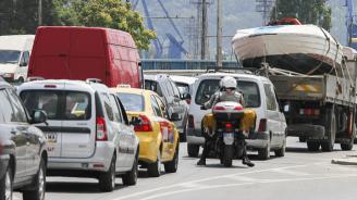 Интензивен трафик за леки коли на границите със Сърбия, Гърция и Румъния