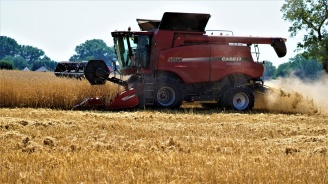 Изменя се Правилникът за прилагане на Закона за  опазване на земеделските земи