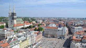 Измериха 81 градуса в паркирана кола на улица в Загреб
